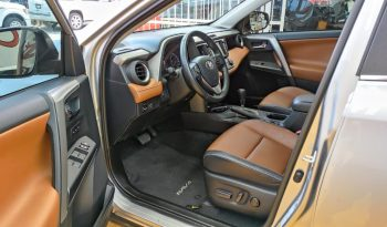 Toyota Rav4, 2018 XLE lleno
