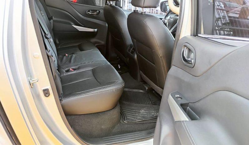 2020 Nissan Np300 Frontier Platinum LE T/M AC lleno