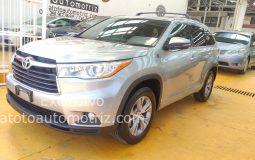 Toyota Highlander 2015 XLE AT