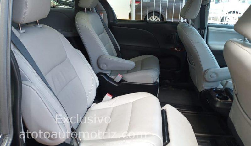 Toyota Sienna, 2019 Limited lleno