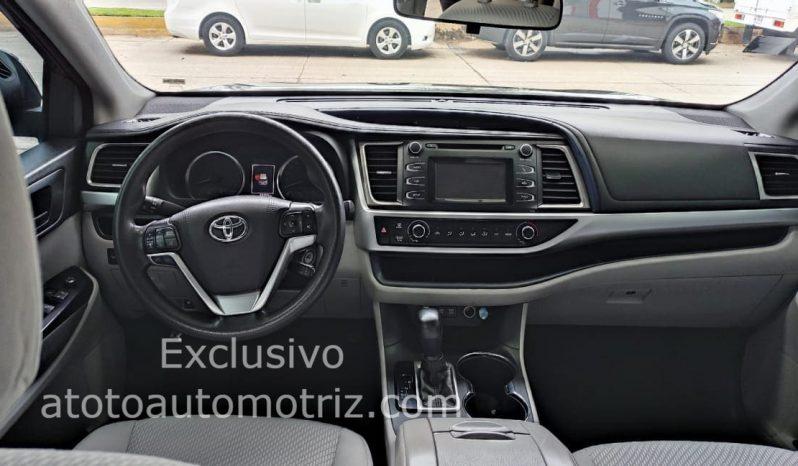 Toyota Highlander, 2018 LE lleno