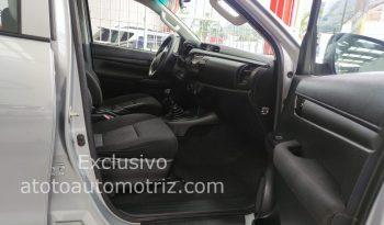 Toyota Hilux, 2018 Doble Cabina Base lleno