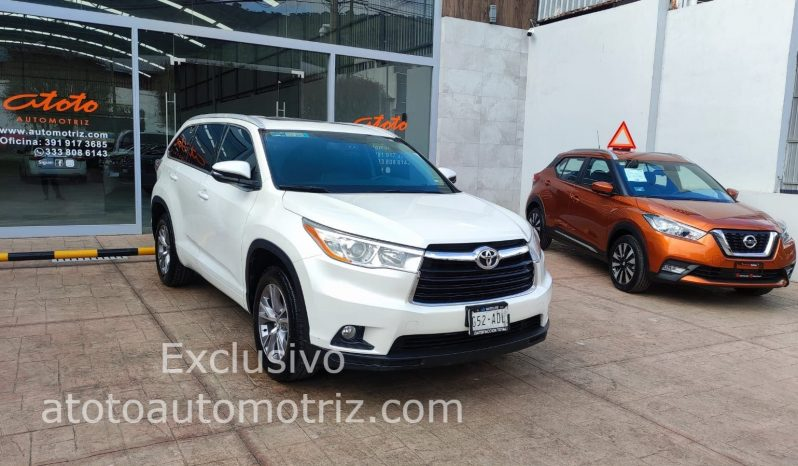 Toyota Highlander, 2015 XLE lleno
