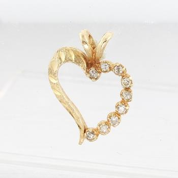 Vintage Estate Ladies 10k Yellow Gold Diamond Heart Pendant Jewelry