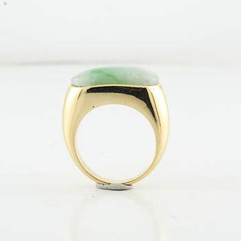 Huge Jade Cabochon Men's Or Ladies Cocktail Birthstone Yellow Gold Ring  Lot221