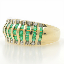Vintage 14K Yellow Gold Emerald Diamond 0.65CTW Anniversary Right Hand Ring Band