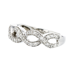 Exquisite 14K White Gold Women's Diamond Ring - Brand New