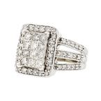 Stunning 10K White Gold Brilliant Cut Diamond 1.25CTW Women's Ring - Brand New
