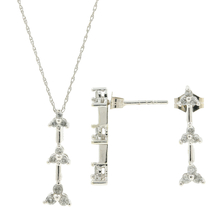 Ladies Estate 10K White Gold Diamond Earrings Necklace & Pendant Set - 0.50CTW