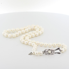 Amazing Mikimoto 18 Inch 6mm Pearl Strand Necklace 18K White Gold Clasp