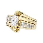 Gorgeous Modern Ladies 14K Yellow Gold Marquise/Baguette Diamond Ring - 1.14CTW