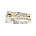 Charming Modern Ladies 14K Yellow Gold Sparkling Diamond Ring - Brand New
