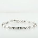 Lovely White Gold Infinity Links W/ 0.60 Points Of Cluster Diamonds Bracelet