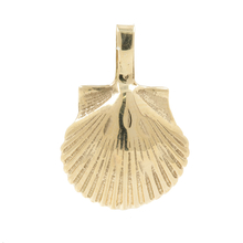 Vintage Classic Estate Ladies 14K Yellow Gold Seashell Pendant - 20MM