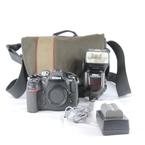 Nikon D300 12.3 MP Digital SLR Camera Body + SB-900 SPEEDLIGHT Flash + Bag