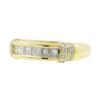 Vintage Classic Ladies 18K Yellow Gold Princess Cut Diamond Ring Band - 0.75CTW