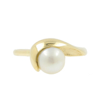 Vintage Estate Classic 14K Yellow Gold Cultured Pearl Ring