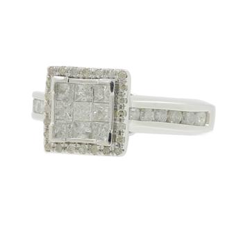 Ladies Vintage Estate 10K White Gold Princess Cut Diamond Engagement Ring - 1.04CTW