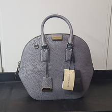 BURBERRY Heritage Grain Medium Orchard Bowling Bag Grey Color