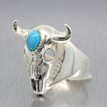 Vintage Classic Estate Men's 925 Silver Bison Skull Turquoise Ring - Size 7.25