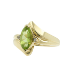 Classic Estate Ladies 10K Yellow Gold Green Peridot & Diamond Cocktail Ring