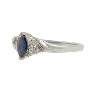 Ladies Vintage Classic Estate 14K White Gold Blue Topaz & Sapphire Gemstone Ring