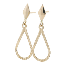 Ladies Classic Estate 10K Yellow Gold Diamond-Cut Teardrop Drop Dangle Earrings