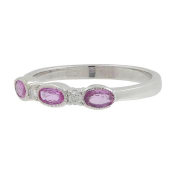 Ladies Vintage 14K White Gold Diamond Amethyst Gemstone Anniversary Ring Band