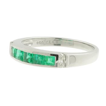 Ladies Estate 14K White Gold Diamond & Green Princess-Cut Emerald Gemstone Ring