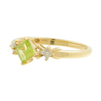 Ladies Classic Estate 10K Yellow Gold Green Peridot Gemstone & Diamond Ring