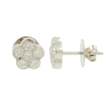 Ladies Estate 14K White Gold Diamond Rosita Cluster Floral Earrings - 0.84CTW