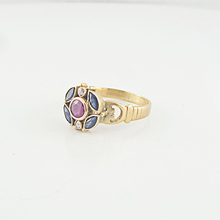 Ladies Gorgeous Estate 18K Yellow Gold Ruby Sapphire Diamond Flower Peddle Ring