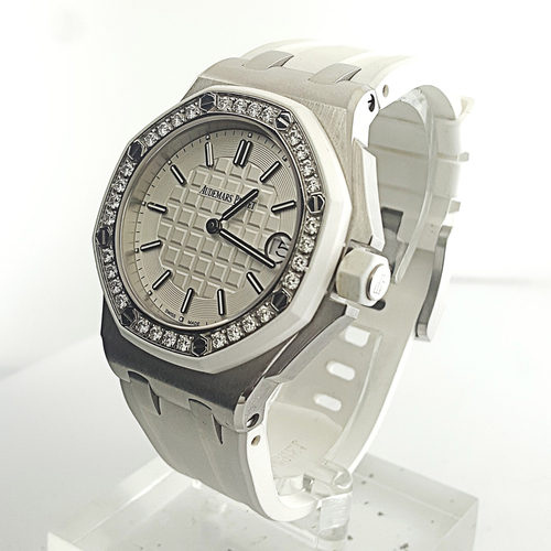 e8dbedc2024 Rare Audermars Piguet Royal Oak Offshore White Rubber Strap Diamond Quartz  Watch