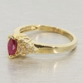Vintage Ladies 14k Yellow Gold Ruby & Diamond Right Hand Ring Jewelry