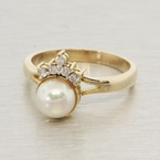 Fine Estate 14K Yellow Gold Pearl Quartz Cocktail Right Hand Ring