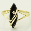 Lovely 10K Yellow Gold Vintage Estate Black Onyx Diamond Fashion Ring