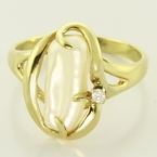 Wonderful Natural 14K Yellow Gold Pearl Diamond Fashion Ring