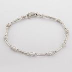 Lovely Vintage Estate Solid 10K White Gold Round Brilliant Diamond Bracelet