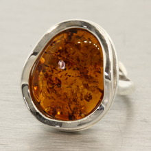 Vintage Estate Ladies 925 Silver Charming Amber Statement Ring