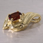 Vintage Classic Ladies 10K Yellow Gold Oval Garnet Diamond Pendant