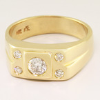Striking Vintage 14K Yellow Gold Diamond Ring