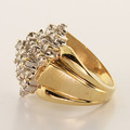 Lovely Diamond Cluster White Yellow Gold Fashion Cocktail Ring