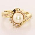 Elegant Vintage Estate 14K Yellow Gold White Pearl Diamond Heirloom Ring