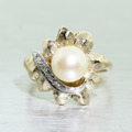 Classic Vintage Estate 14K Yellow Gold Pearl Diamond Flower Right Hand Ring
