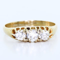 Spectacular Ladies Vintage 14K Yellow Gold Old Minor Three Diamond Ring