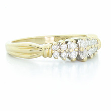 Dazzling Ladies Vintage Estate 14K Yellow Gold Round Diamond Cluster Ring
