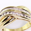 Beautiful Ladies Vintage Estate 10K Yellow Gold Diamond Right Hand Ring