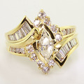 Beautiful Ladies Vintage 14K Yellow Gold Marquise Diamond Cluster Estate Ring