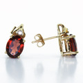 Dazzling Ladies Vintage 14K Yellow Gold Oval Garnet Diamond Earring Pair