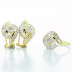 Dazzling Vintage Ladies 18K Yellow Gold Diamond Cluster Ring Earring Set